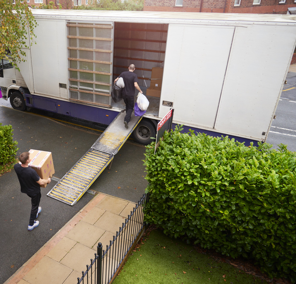 Costs for Hiring a National Moving Company