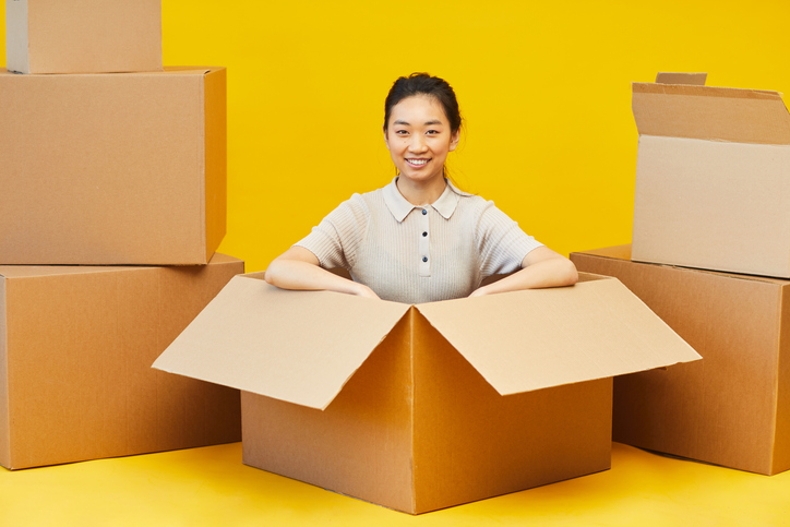 Pros and Cons of Self-Packing for a Move