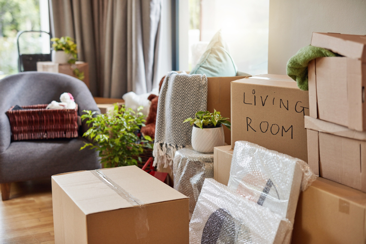 How to pack lamps for a move